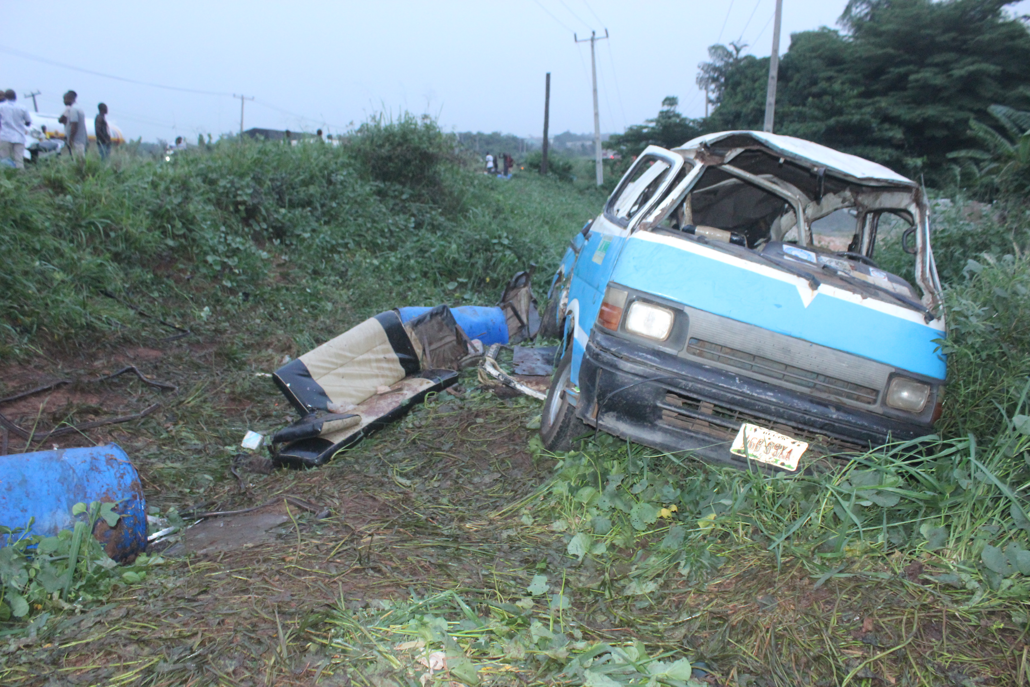 IMG_7788 GHASTLY AUTO ACCIDENT CLAIMS TWO LIVES IN AGBOR