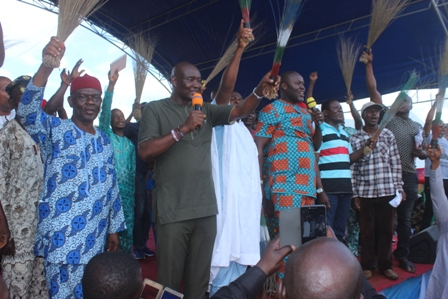 IMG_3797 OVERWHELMING SUPPORT FOR SEBASTINE OKOH AS HE JOINS APC